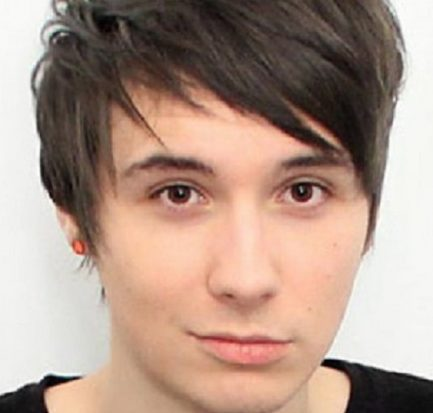 Who is Daniel Howell dating now? Bio, Age, Wiki, Career, Net Worth, YouTube, Twitter