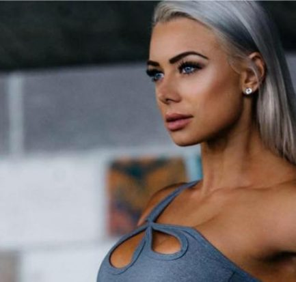 Lauren Simpson ( Instagram Star) Bio, Wiki, Age, Career, Net Worth, Fitness, Childhood