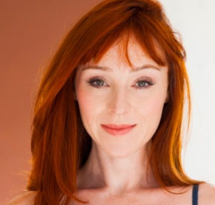 Ruth Connell is famous for Supernatural: Bio, Wiki, Net Worth, Career, Age, Instagram