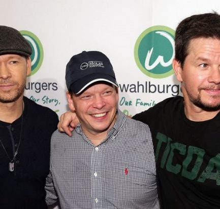 Meet The American Chef Paul Wahlberg: Learn About His Childhood, Education, Career, Married Life, And Family
