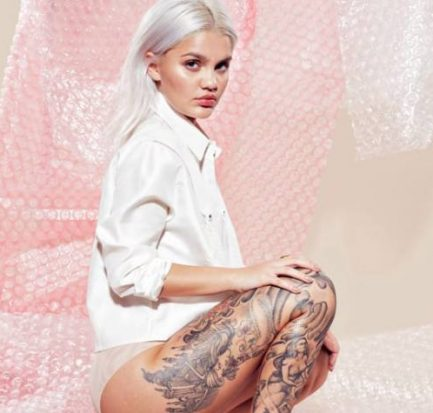 Amina Blue ( Model) Bio, Wiki, Age, Career, Net Worth, Instagram, Boyfriend, Tattoo