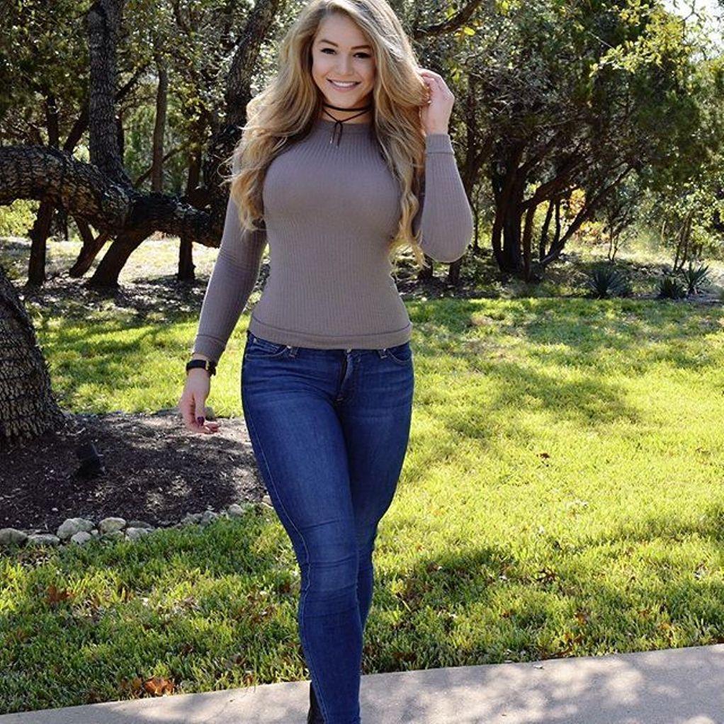 Courtney Tailor Bio