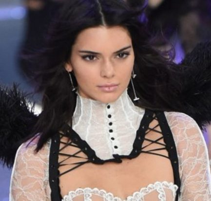Kendall Jenner ( Model) Bio, Wiki, Age, Career, Net Worth, Boyfriend, Instagram, Height