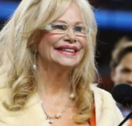 Annabel Bowlen-former figure skater and wife of Pat Bowlen! Learn about her career and relationship!