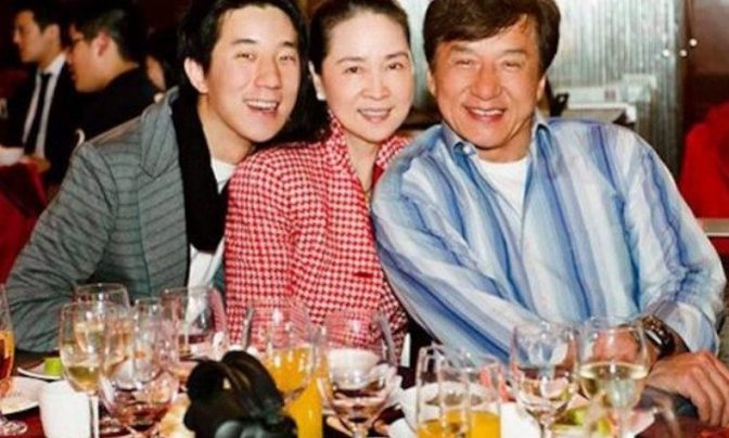 Taiwanese actress Lin Feng-jiao-Know on her hurried and low-key marriage to Hong Kong actor Jackie Chan and about her glorious 10 years in cinema!