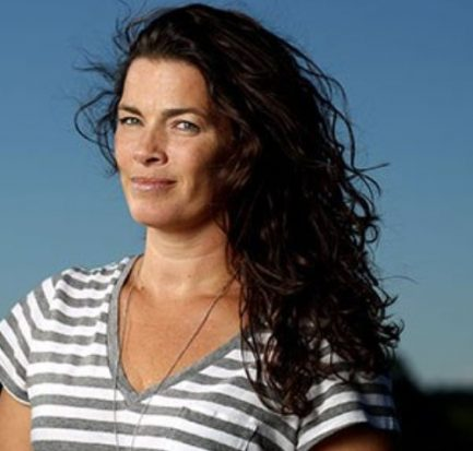 The plot to cripple her! Learn about figure skater Nancy Kerrigan's Career, Assault, Marriage, Children and Family!
