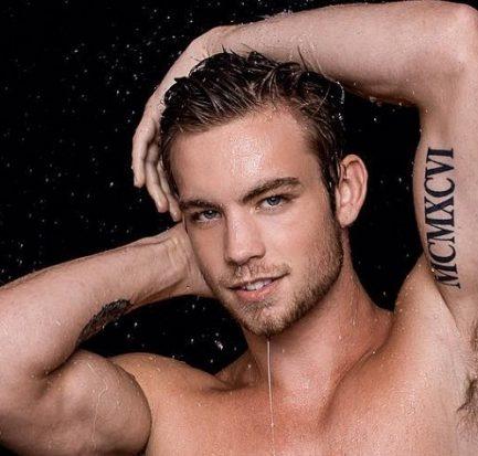 Dustin McNeer ( Model) Bio, Wiki, Age, Career, Net Worth, Instagram, Gifriend