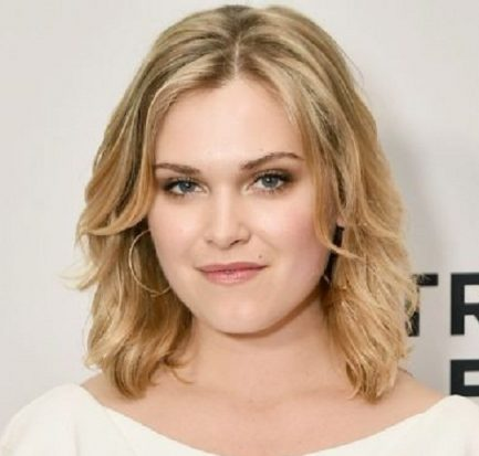 How old is Eliza Taylor? Bio, Wiki, Age, Career, Net Worth, Height, Boyfriend, Married