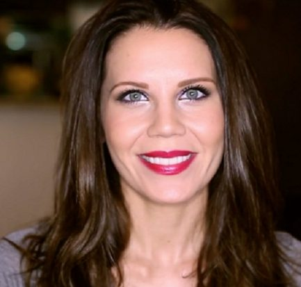Tati Westbrook (YouTube Blogger) Bio, Wiki, Career, Net Worth, Twitter, Make-up