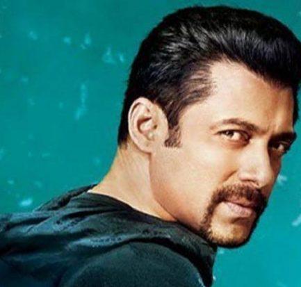 How old is Salman Khan? Bio, Wiki, Career, Net Worth, Movies, Height, Girlfriend