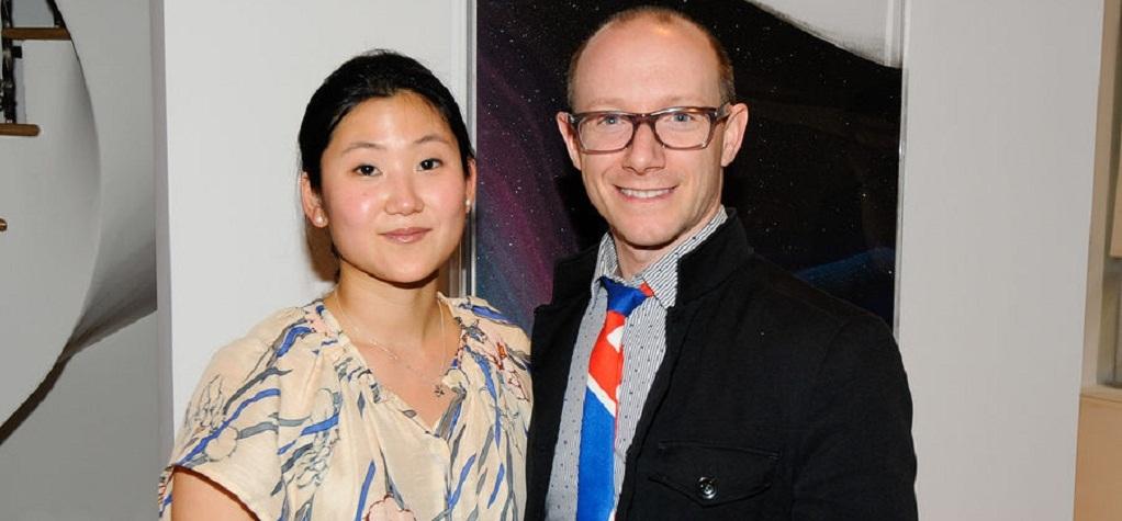 Lisha Bai with a colleague