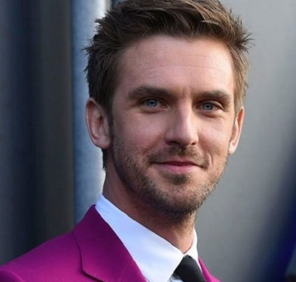 How old is Dan Stevens? Bio, Wiki, Career, Net Worth, Boyfriend, Movies, Kids