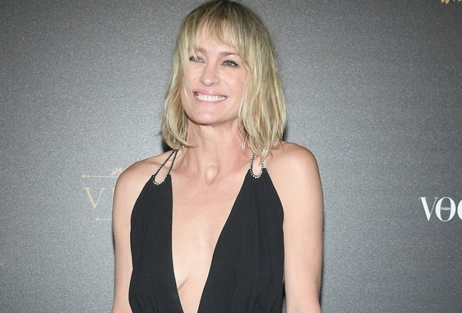 Robin Wright figure