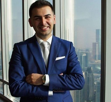 Saygin Yalcin | Biography, Age, Wife, Forbes, Net worth (2020), Height, Social Media |