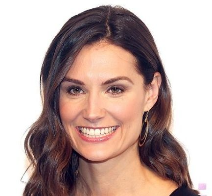 Krystal Ball Bio, Age, Host, Net worth, Salary, Affair, Height