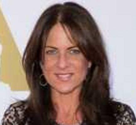 Nikki Uberti | Biography, Age, Wiki, Husband, Baby, Disease, Makeup, Model |
