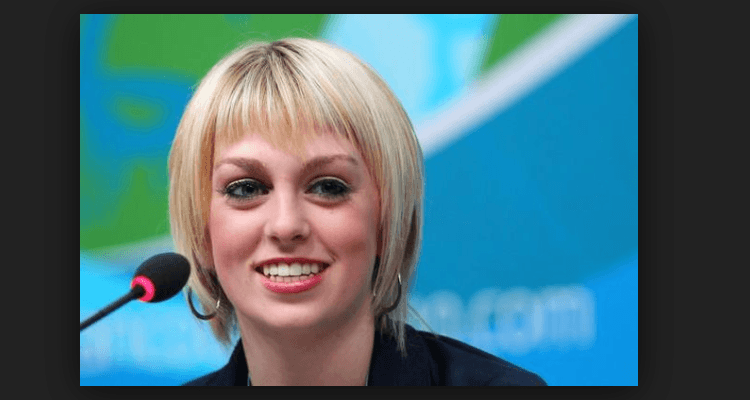 Caydee Denney Age, Bio, Salary, Net Worth, Partner, Height, Instagram