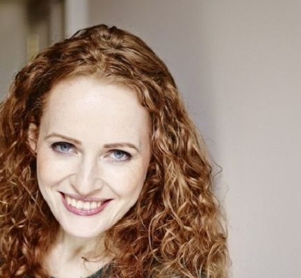 Kate Williams | Biography, Age, Height, Married, Author, Net Worth (2020), Instagram, Author |