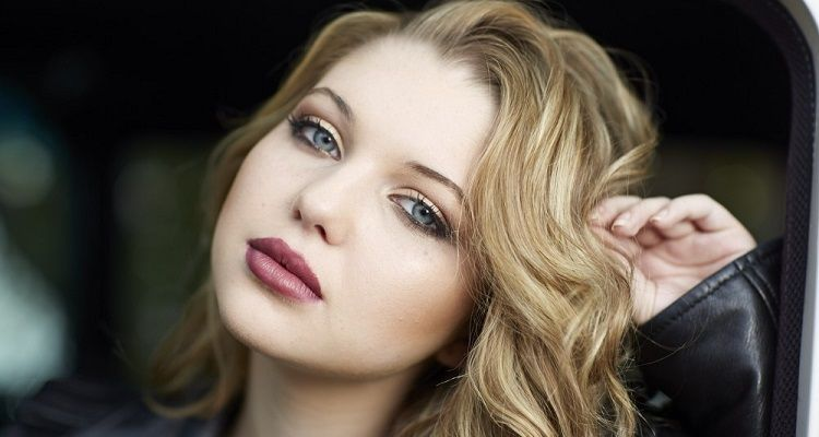 Sammi Hanratty Age, Movies, Net Worth, Instagram