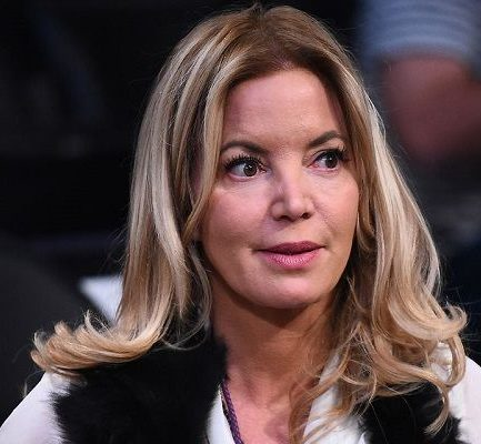 Jeanie Buss Age, Parents, NBA, Net Worth, Dating, Height, Twitter