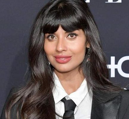 Jameela Jamil Age, Parents, Net Worth, Boyfriend, Height, Instagram