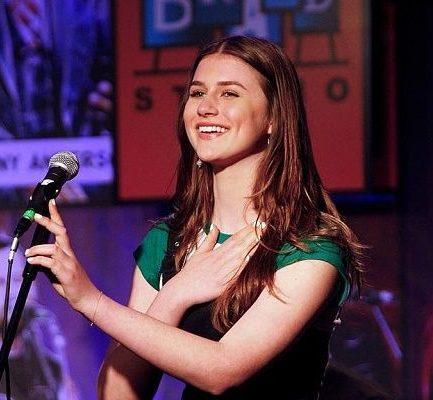 Brooke Butler Bio, Wiki, Age, Ethnicity, Parents, Songs, Height, Weight, Instagram