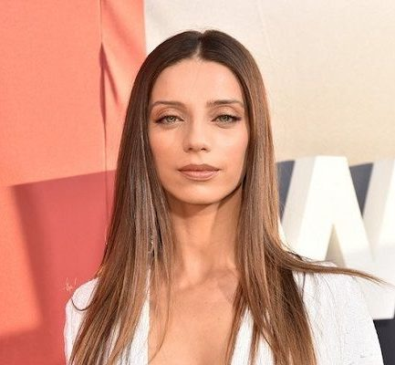 Angela Sarafyan Age, Parents, Movies, Net Worth, Relationships, Height, Instagram
