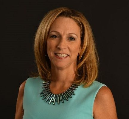 How old is Beth Mowins? Bio, Wiki, Career, Net Worth, Relationships, Height, Twitter