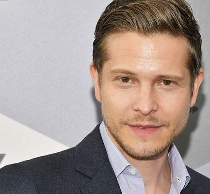 Matt Czuchry Age, Nationality, Actor, Net Worth, Relationship, Height, Twitter