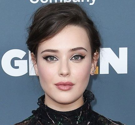 Katherine Langford Bio, Age, Parents, Actress, Net Worth, Relationship, Height, Instagram