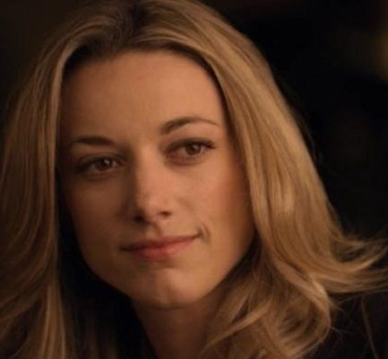 Zoie PalmerBio, Age, wiki, Net Worth, Income, career, Education and Family