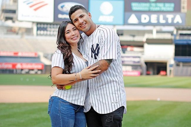 Gleyber with his wife