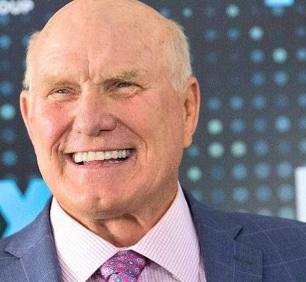 Meet former American Football Player, Terry Bradshaw: Bio, Wiki, Career, Net Worth, Wife, Height