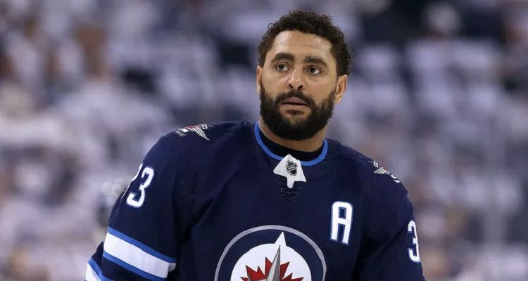 How old is Dustin Byfuglien? Bio, Wiki, Career, Net Worth, Wife, Contract, Injury