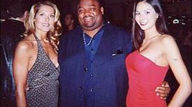 Jason with two women