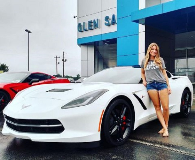 Mallory with her car