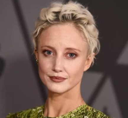 Andrea Riseborough ( British Actress and Producer) Bio, Age, Wiki, Career, Net Worth, Movies