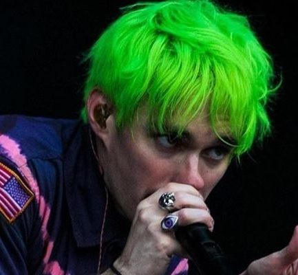 Awsten Knight ( Rock Singer) Bio, Wiki, Career, Net Worth, Height, Instagram