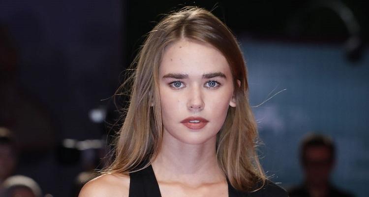 Gabriella Brooks ( Australian Model) Bio, Wiki, Age, Career, Relationship, Boyfriend, Parents