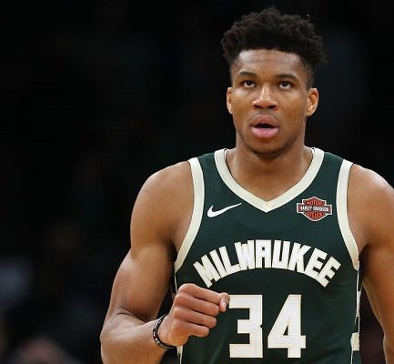 Giannis Antetokounmpo ( Basketball Player) Bio, Wiki, Career, Net Worth, Girlfriend, Contract