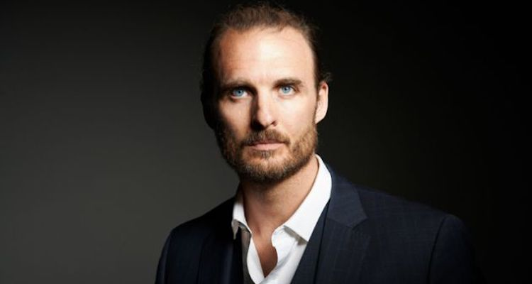 Greg Bryk ( TV Actor) Bio, Wiki, Age, Career, Net Worth, Movies, Height, Relationship