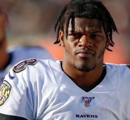 Lamar Jackson ( American Football Quarterback) Bio, Wiki, Age, Career, Net Worth, Jersey, College