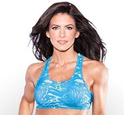 How old is Amanda Latona? Bio, Wiki, Career, Net Worth, Instagram, Workout