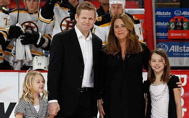 Chris Osgood wife and daughters