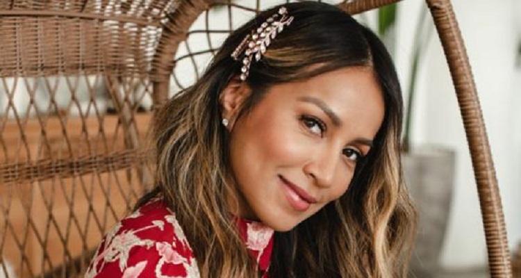 Julie Sariñana | Biography, Wiki, Net Worth (2020), Facebook, Hair, Dating, Fashion