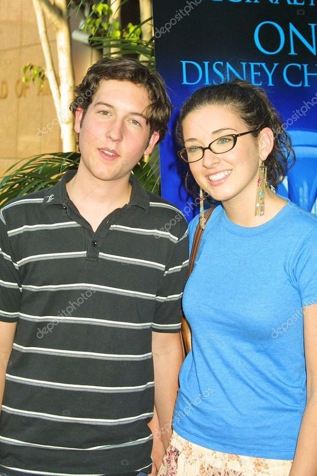 Margo Harshman Chris Marquette