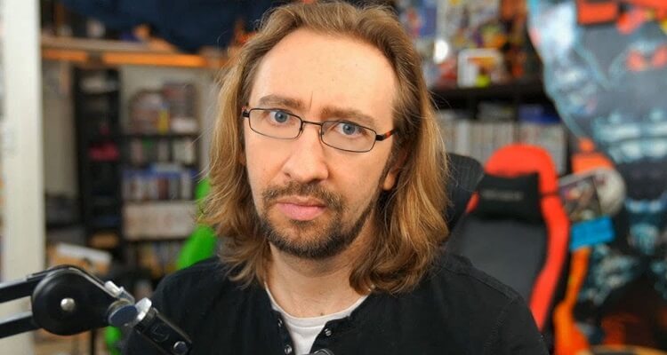 Maximilian Dood Bio, Age, Nationality, Twitter, Ethnicity, Height, YouTube, Wife, Family
