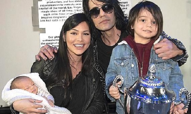 Shaunyl Benson and her family