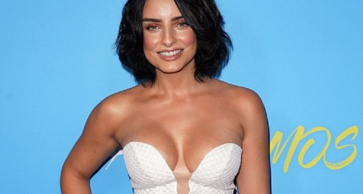 Who is Aislinn Derbez? Bio, Age, Wiki, Affair, Net Worth, Height, Ethnicity