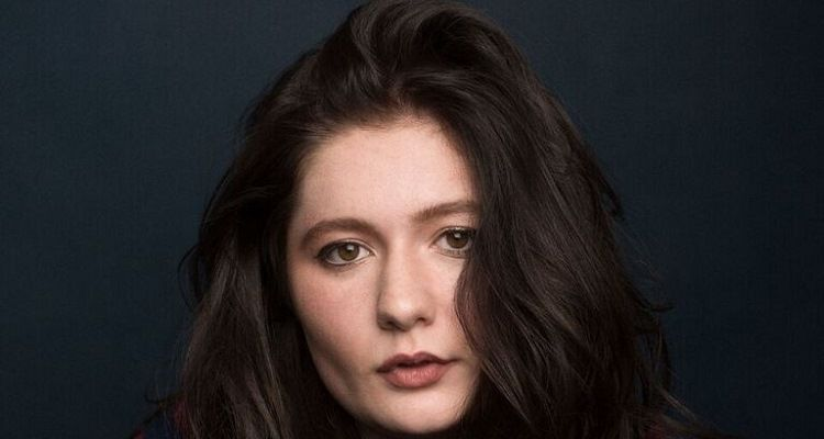 American actress Emma Kenney Famous for Shameless: Wiki, Bio, Age, Net worth, Height